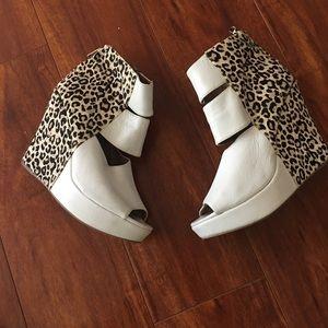 Matiko Shoes - Matiko animal print wedges